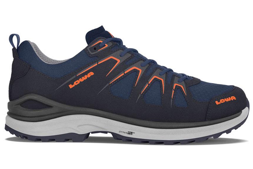 e689db92c28ce Ces chaussures légères multifonctionnelles se distinguent par leur déroulé  et leur profil dynamique de chaussure de course. Les gros crampons faits  d un ...